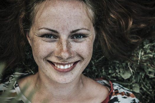 Prevención de las manchas solares en la piel
