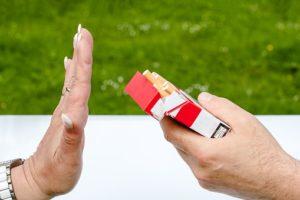 Si tienes la menopausia, no fumes